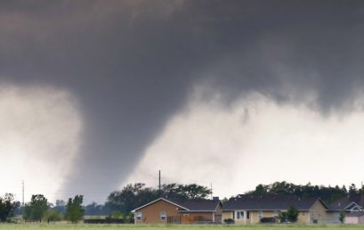 27 Revealing Photographs of Severe Storms Hitting the Plains on Mother's Day Weekend