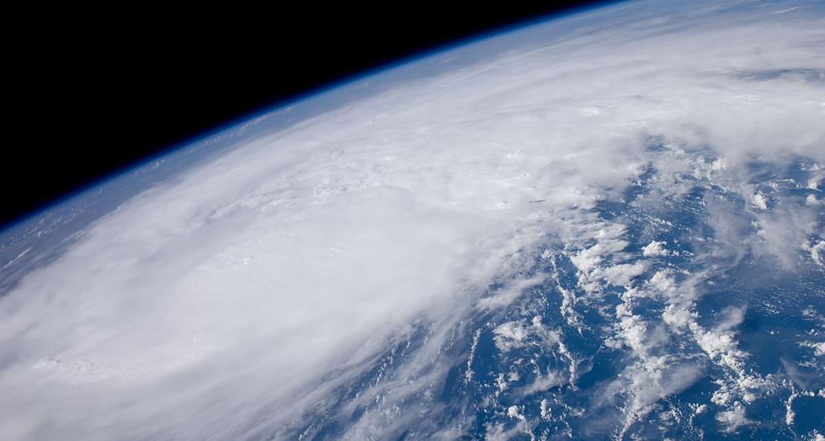 Tips to Make Your Company's Office Ready for the 2016 Atlantic Hurricane Season