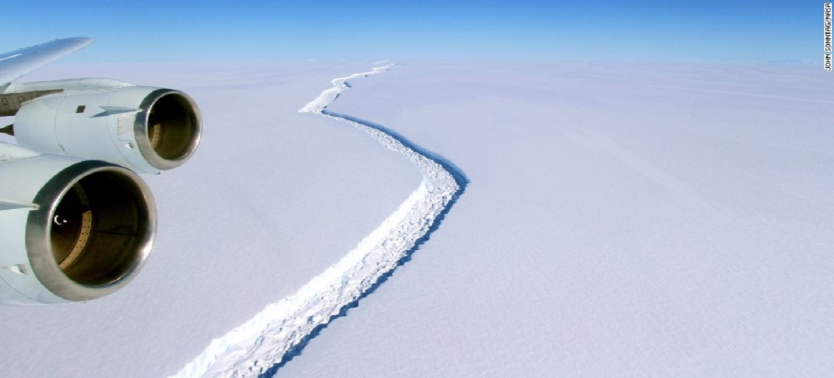 Iceberg the Size of Delaware Breaks Off From Antarctica