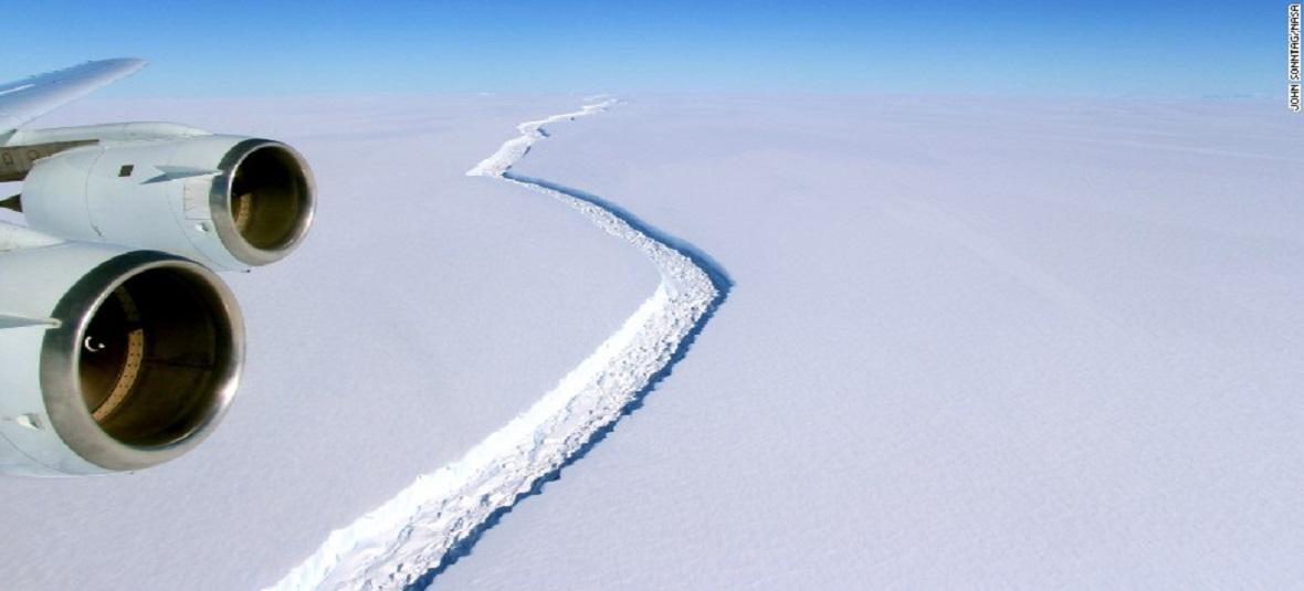 Iceberg the Size of Delaware Breaks Off From Antarctica